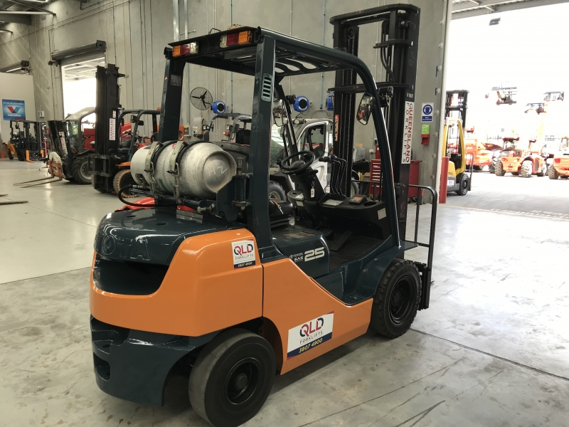 Used TOYOTA 32-8FG25, LPG Powered | Queensland Forklifts